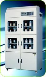 Armoire de sécurité à ventilation filtrante Série SWN - 2003